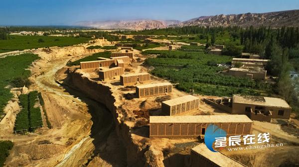 吐鲁番邀湖南游客自驾慢游 今年所有景区景点一律给与